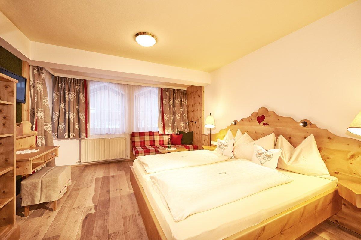 Rooms & Prices, Hotel Tirolerhof, Flachau